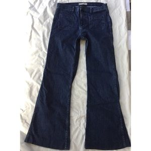 J Brand Mystery Flare Jeans 31